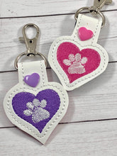 Paw Print Heart SINGLE tag snap tab for 4x4 hoops