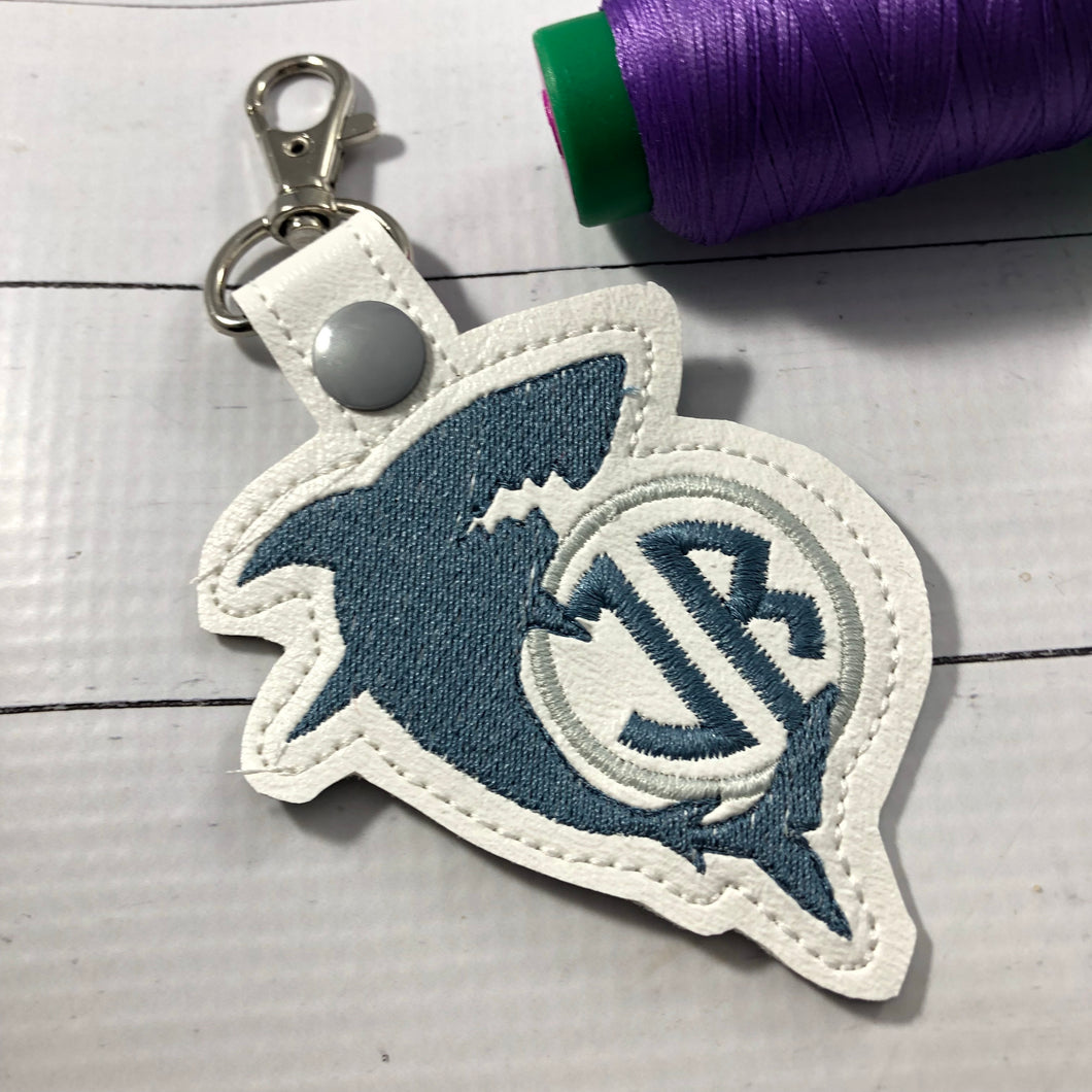 Monogram BLANK Shark tag snap tab for 4x4 hoops