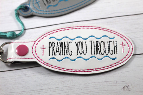 Praying you Through Snap Tab and Eyelet Tag SET