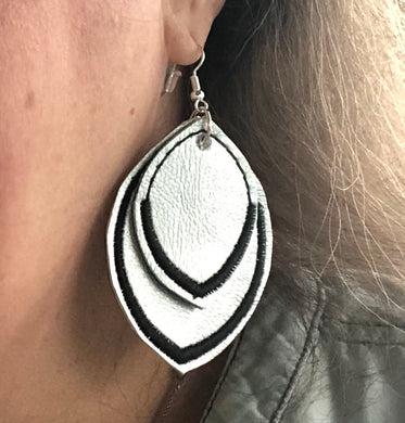 Satin Border Leaf Layers Earrings and Pendant embroidery design for Vinyl and Leather