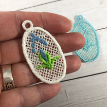 Floral Bud Lace Pendant for 4x4 hoops