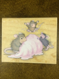 House Mouse Rubber Stamp - Mice Scream for Ice Cream