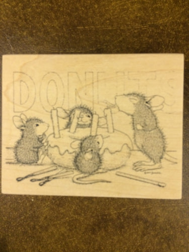 House Mouse Rubber Stamp - Donut Birthday