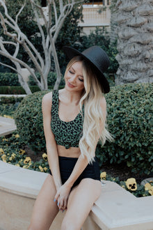 Traveler Top | Green Leopard Print