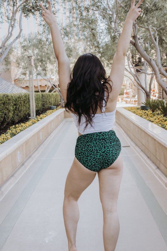 Barefoot Bottom | Green Leopard Print