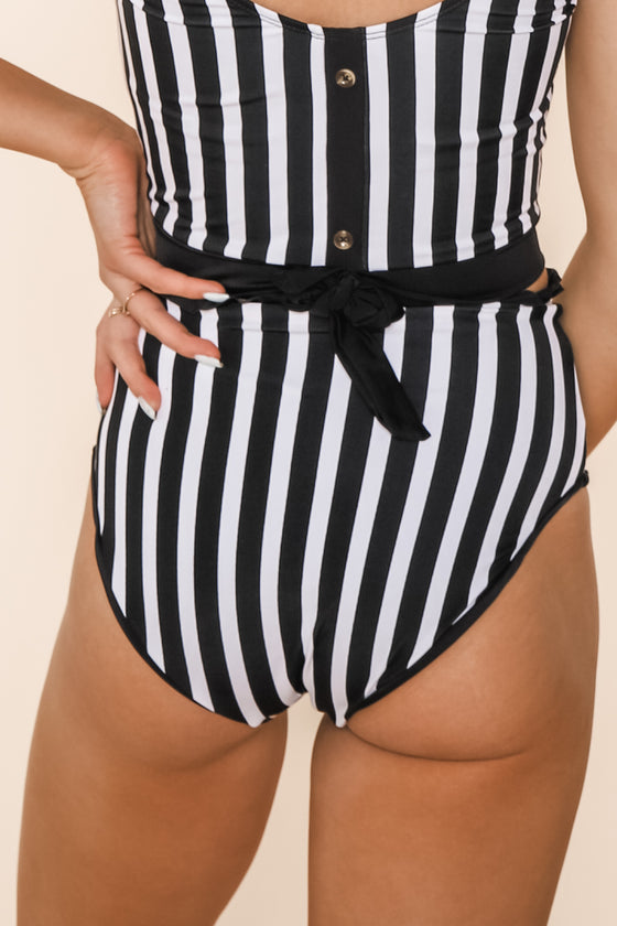 Lush Reversible Bottoms | Black/Black & White Stripe
