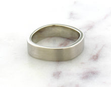Load image into Gallery viewer, Gents Concept 6mm White Gold Band