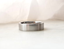 Load image into Gallery viewer, Gents Concept 6mm Wide Platinum Band