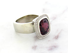 Load image into Gallery viewer, Juicy Gem Concept Rhodolite Garnet Ring