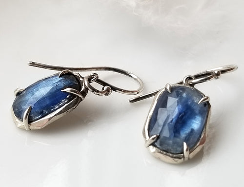 Chikahisa Kyanite Gemstone Earrings