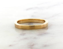 Load image into Gallery viewer, Gents Concept 3mm Yellow Gold Band