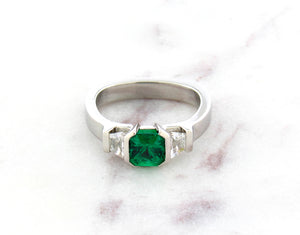 Contemporary Concept Three Stone Emerald And Diamond Ring
