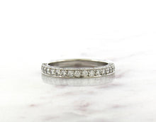 Load image into Gallery viewer, Classic Concept Platinum Diamond Band