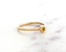 Load image into Gallery viewer, Family Concept Yellow Sapphire Ring