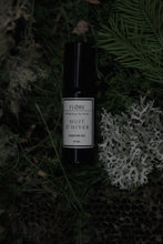 Load image into Gallery viewer, Flore Botanical Alchemy - Nuit D'Hiver Natural Parfum Oil