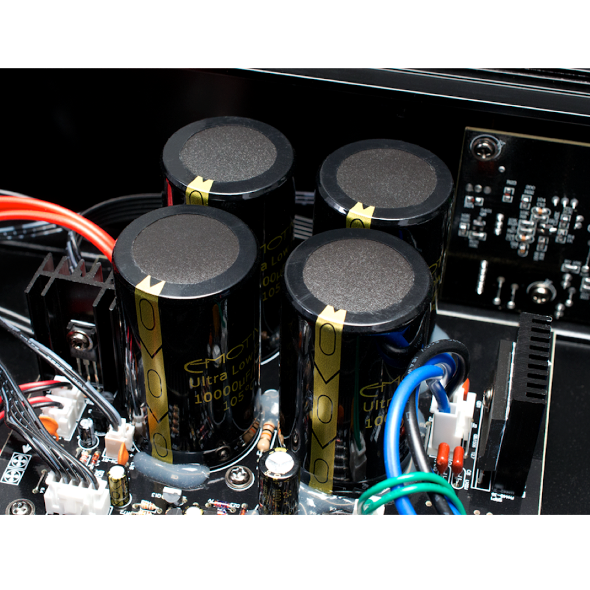 Emotiva A-300 - Stereo Power Amplifier - AVStore.in