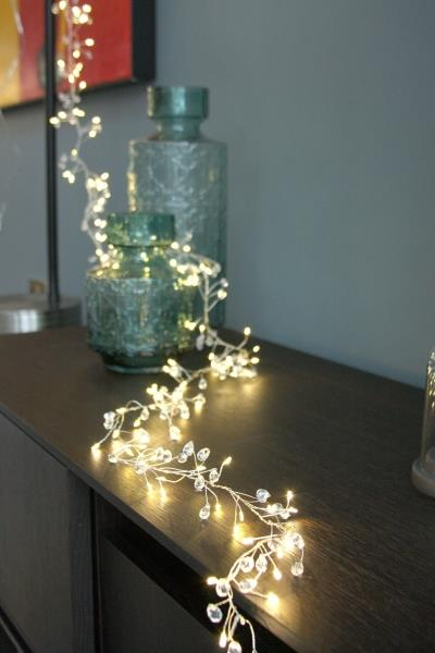 Crystal Cluster - 100 LED Indoor Light Chain With Built In Timer - Battery Powered