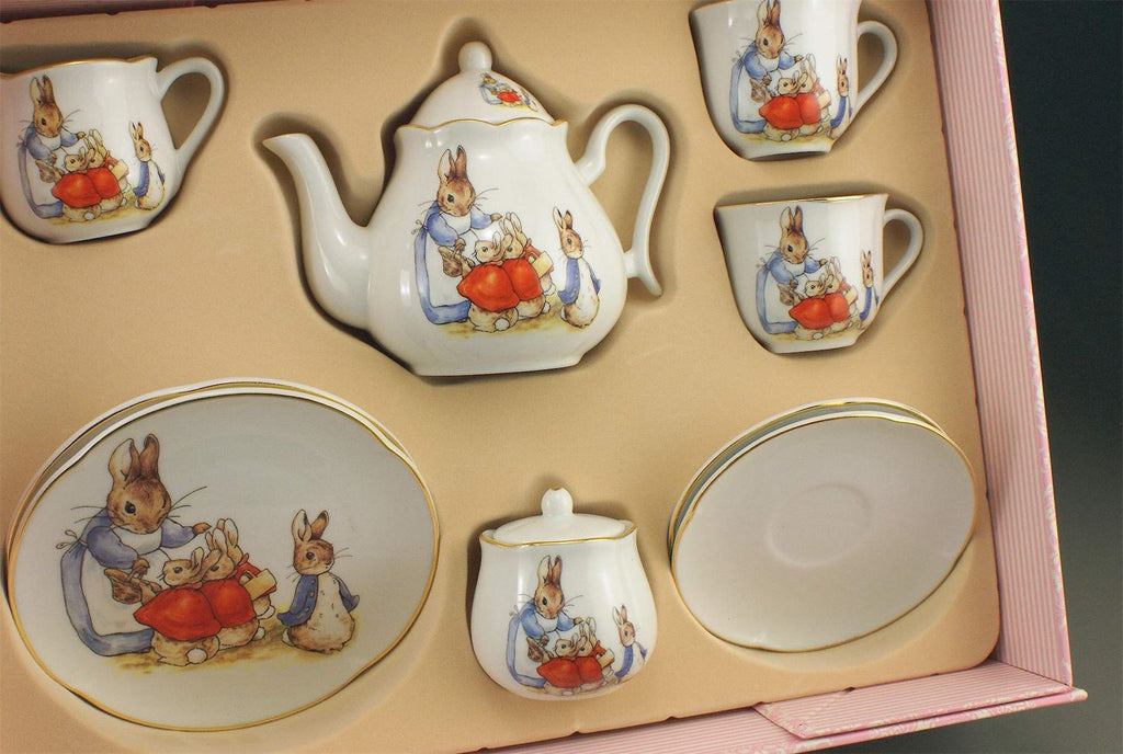 Peter Rabbit & Family - Porcelain Tea Service/Set In Pink Gift Box - 2 Settings - Reutter Porzellan - Perfect for Tea Parties