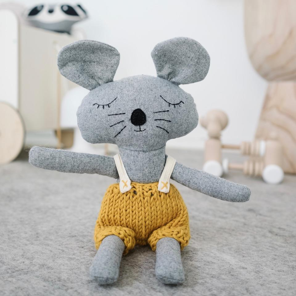 Charlie The Mouse - 35 cm Softie - and the little dog laughed