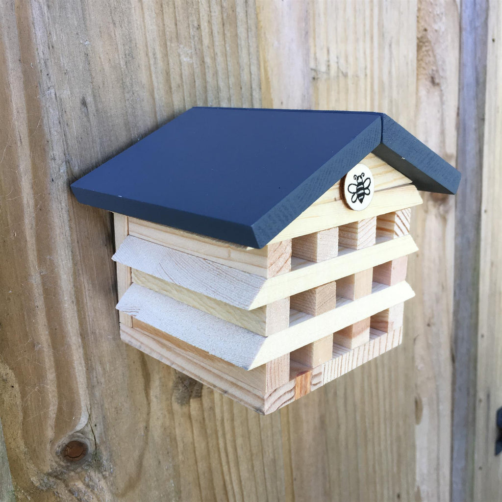 Apples To Pears - Garden & Wildlife - Gift In A Tin - Build A Bee Hotel