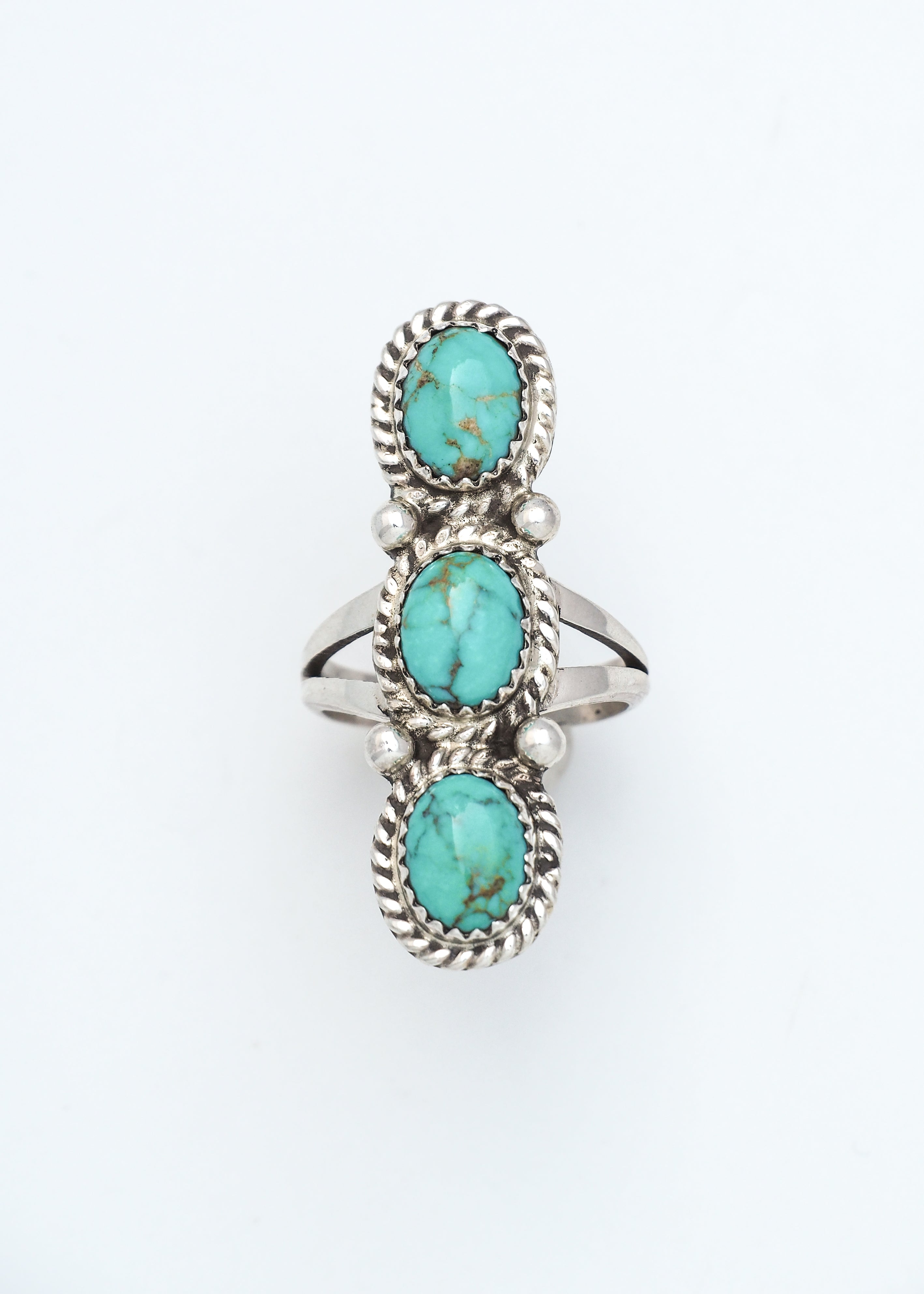 Pointer Turquoise Ring III