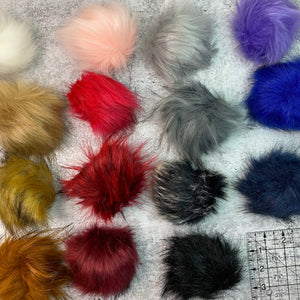 Pom Pom - Faux Fur with Loop