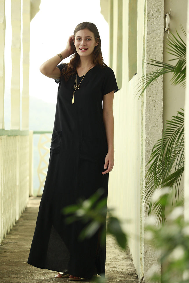 Amazonion Pocket Maxi Dress Black