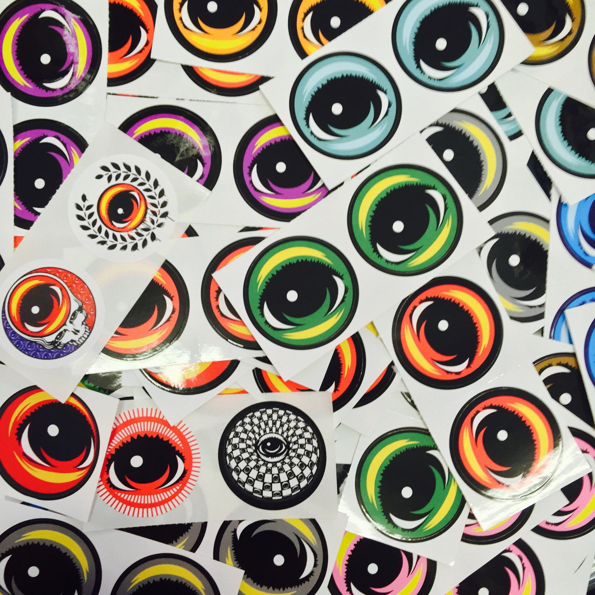 2 Small EYEZ Stickers
