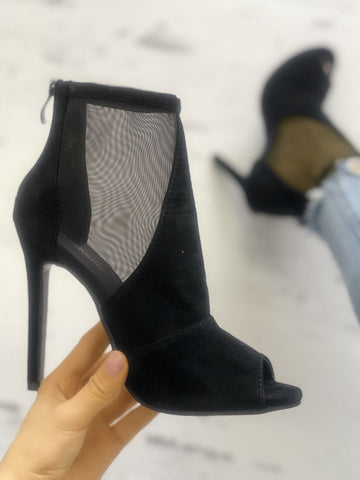 Solid Mesh Insert Thin Heeled Boots