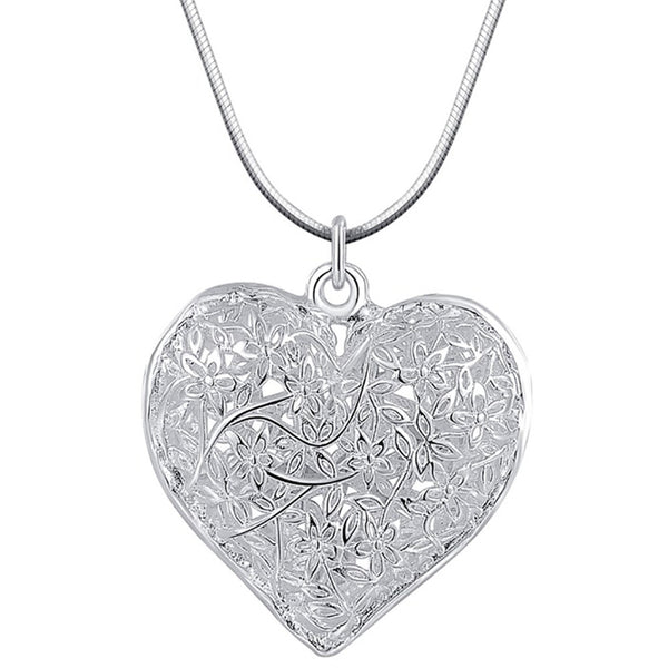 Christmas Heart Shape Design Pendant Simple And Trendy for Women Costume Jewelry - J.S Jewellers & Co