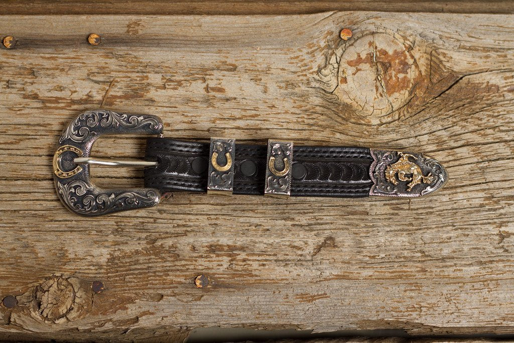 Bucking Horse 1 Inch Buckle Set