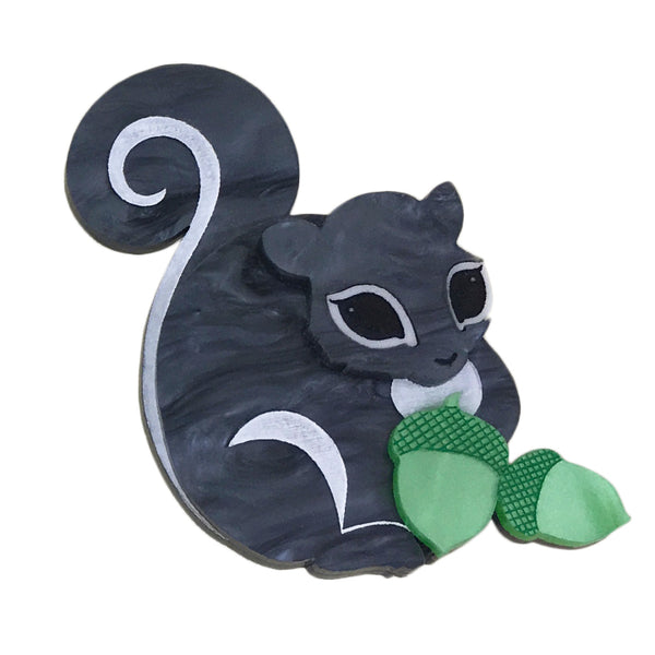SWEET SAMMY SQUIRREL BROOCH