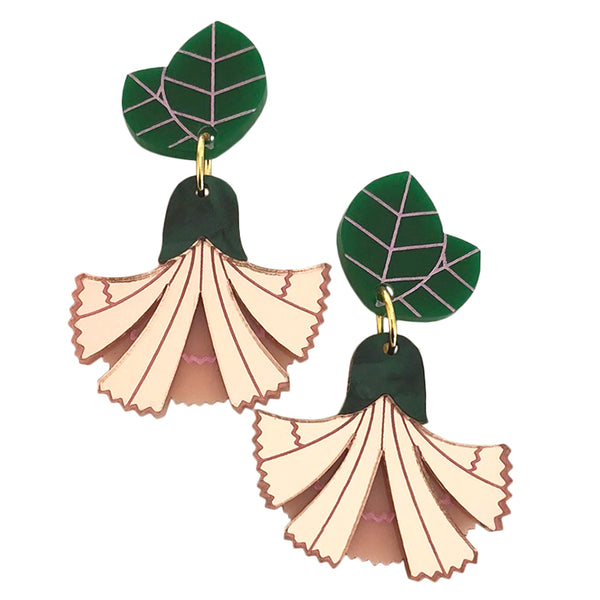 MISS CARNATION BLUSH EARRINGS