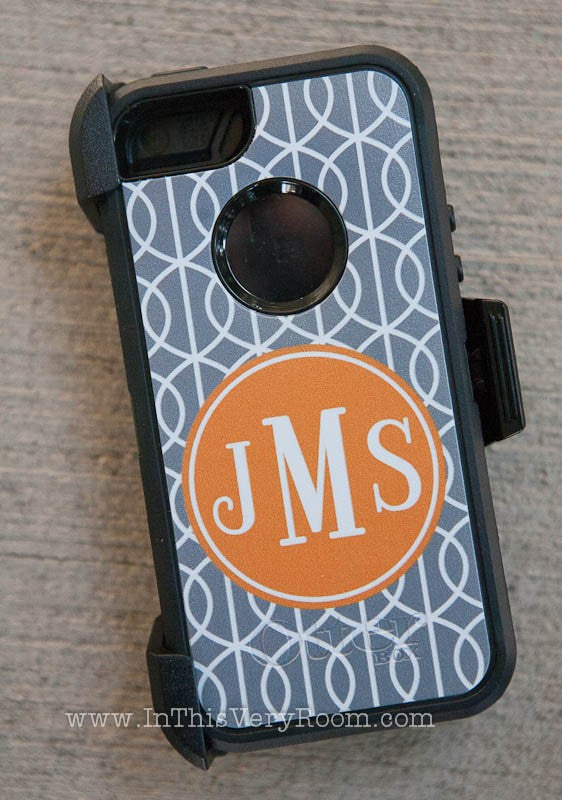 Custom Otterbox Cases: Defenders & Commuters