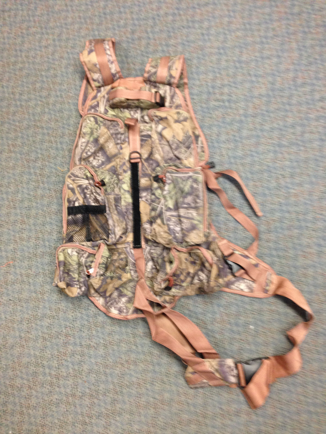 Real Tree Backpack with Rifle/Crossbow Holster