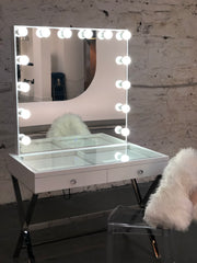 The Burbank Hollywood Glam Station with Mirror - Glam Doll