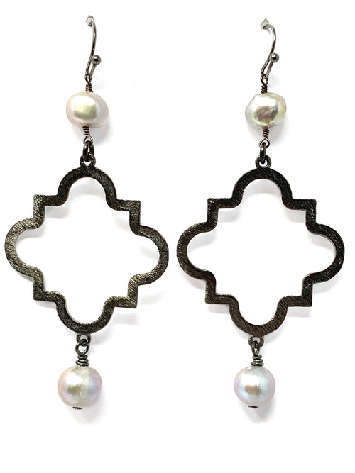 Freshwater Gray Pearl and Medium Gunmetal Quatrefoil Drop Earrings