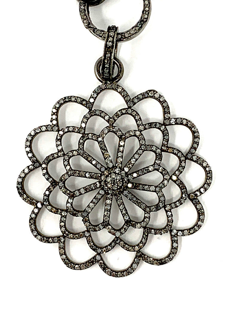 Outline Pave Diamond Flower Pendant
