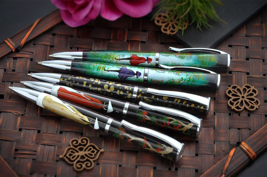 The Hidden Beauty - Lady in Ao Dai - Gold Ballpoint Pen - Wancher Pen