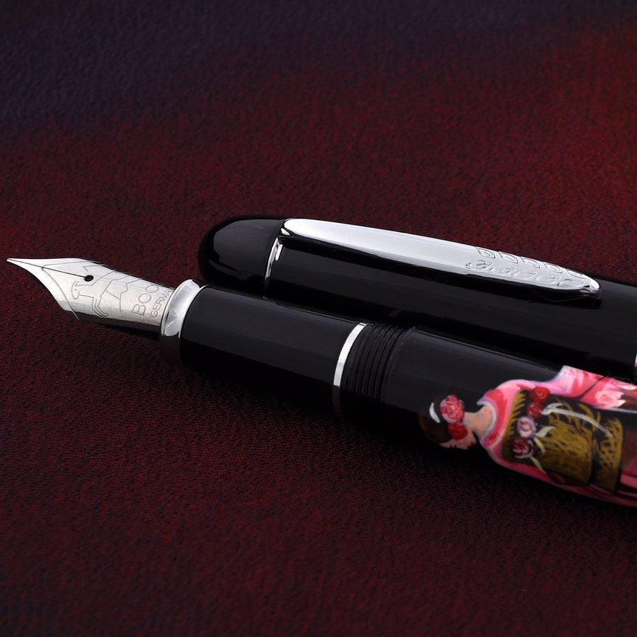 The Charm - Lady in Kimono - Pink Fountain Pen - Wancher Pen