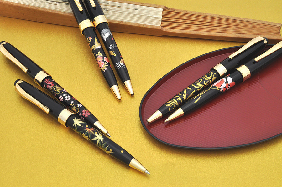 Oshita Maki-e - Gold Leaves - Standard Size Ballpoint Pen - Wancher International