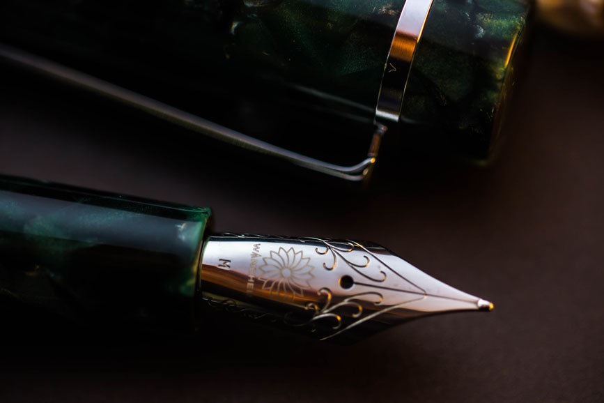 Crystal II - Emerald Fountain Pen - Wancher International