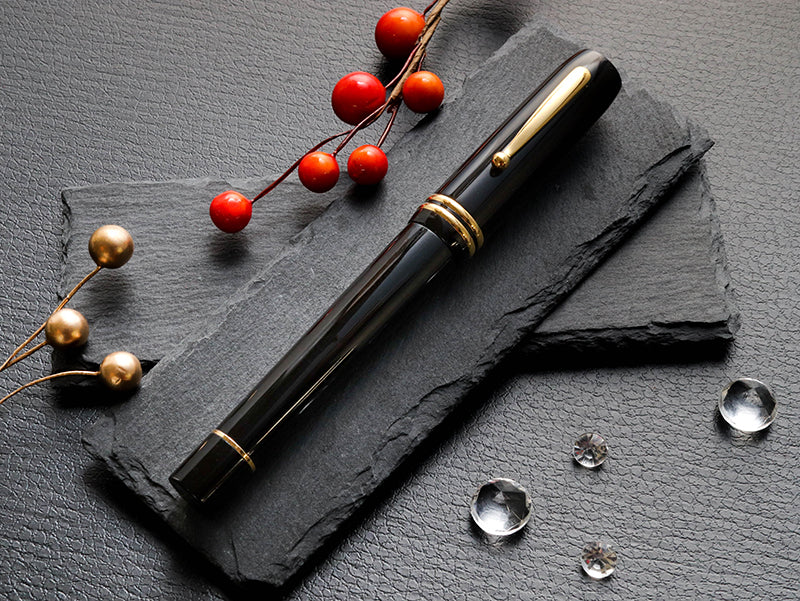 Seven Treasures - Bakelite Black Fountain Pen - Wancher Pen
