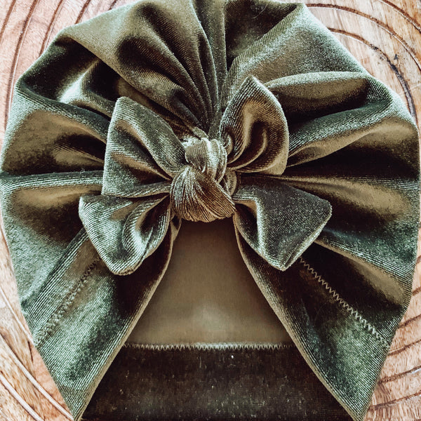 Square Bow Turban Velvet Olive