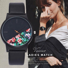 Vintage Leather Women Watches 2018 Luxury Floral Pattern Casual Quartz Watch Women Clock