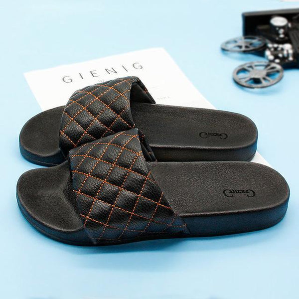 2018 summer men slippers a simple one with a thick bottomed leisure cool trend anti skid wear home slippers