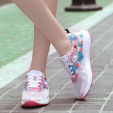 2018 New Lightweight Women's Running Shoes For Walking Breathable Womens Sport Sneakers