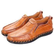 Genuine leather Men flats Fashion boat shoes Breathable Casual leather shoes Loafers Driving shoes