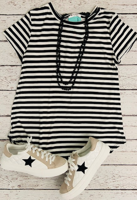 B&W Striped Short Sleeve Top