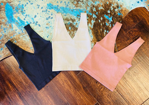 Ribbed UV Neck Crop Tank
